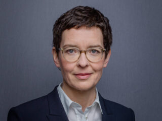 Zukunft Familienunternehmen: Haufe Group CEO Hackenjos über nötigen Wandel